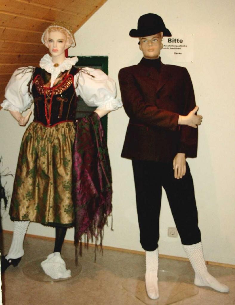 Egerländer Gmoi Dillenburg - Ausstellung in der Alten Schmiede, Donsbach