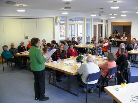 Egerländer - Frühlingskaffee - Besucher mit Hilda Hain-kl