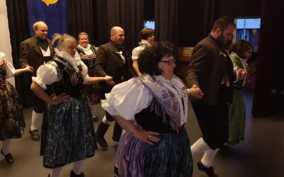 Auftritt Volkstanzkreis beim Heimatkreis Tepl-Petschau